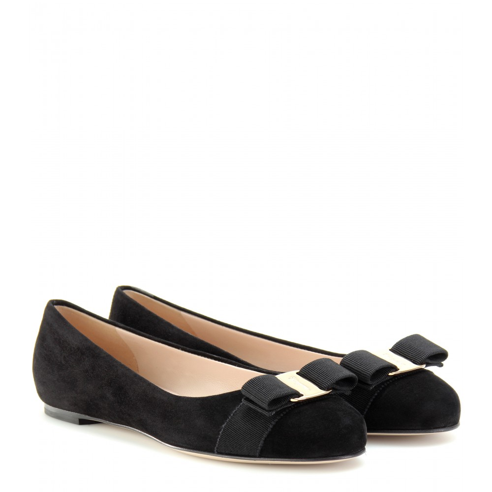 Salvatore Ferragamo Varina Suede Flats Free Shipping Comfortable Buy Cheap Fashionable Latest Collections Cheap Online YIYd3cdR