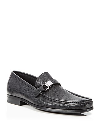 Salvatore Ferragamo Mens Muller Textured Calfskin Side Gancio Loafer, Black
