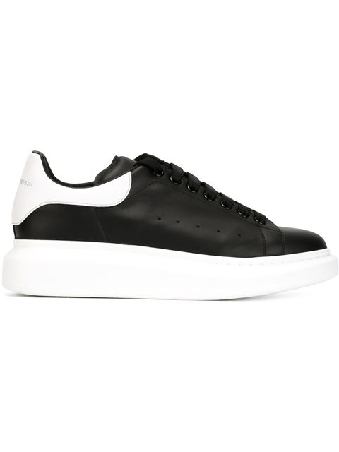 ALEXANDER MCQUEEN Exaggerated-Sole Leather Sneakers, Black