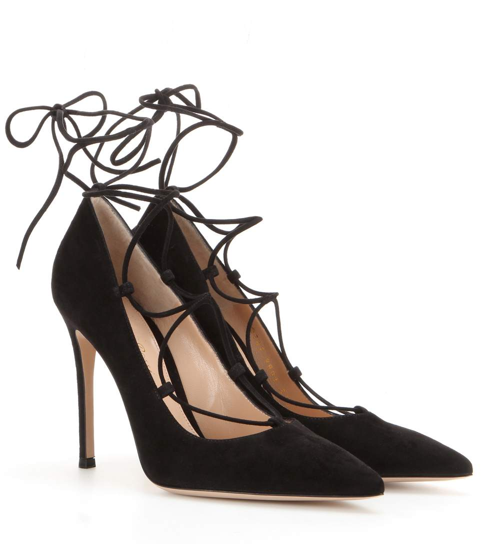 GIANVITO ROSSI Femì Lace-Up Suede Pumps, Llack