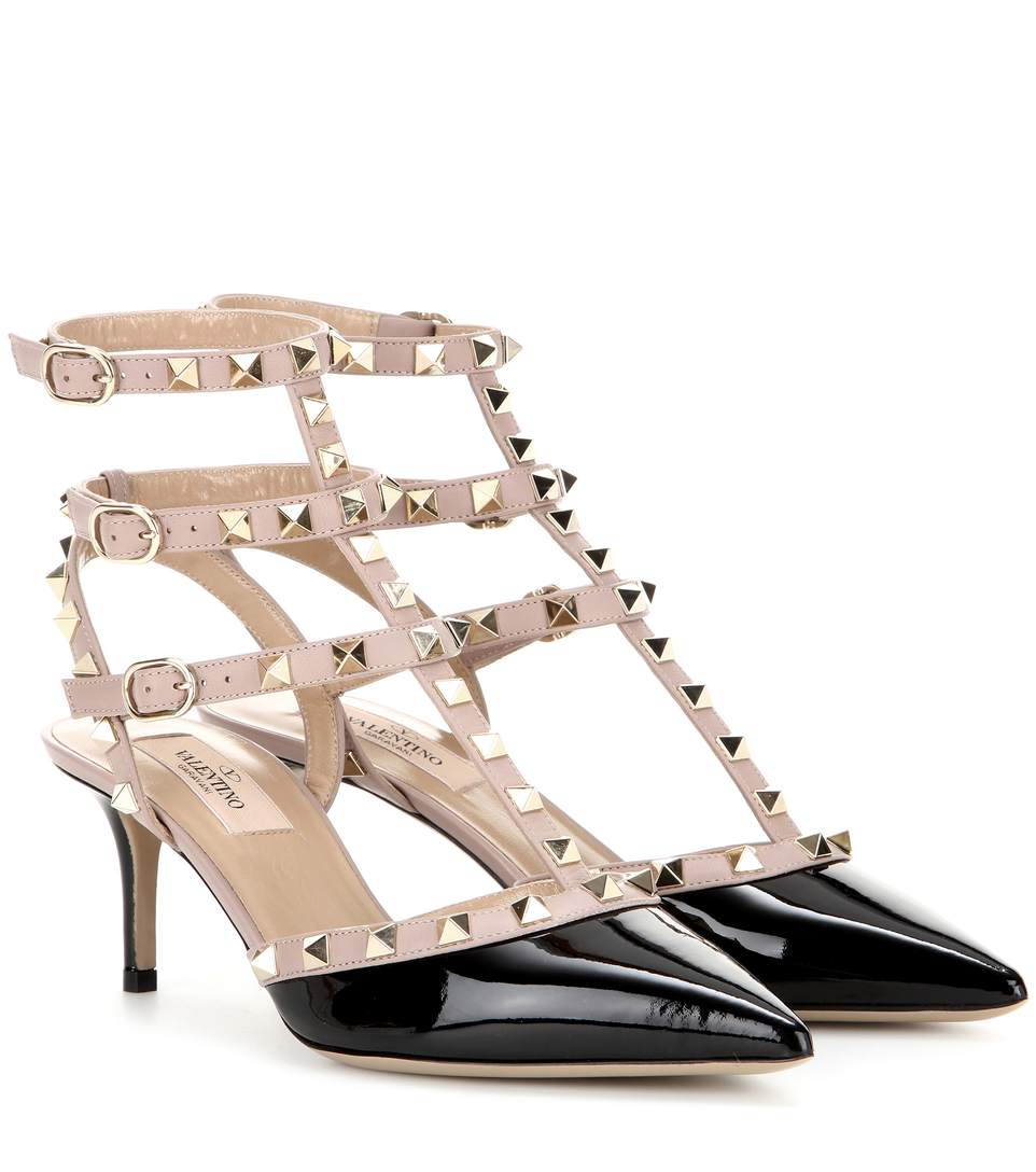 Rockstud Patent Leather Pumps in Black