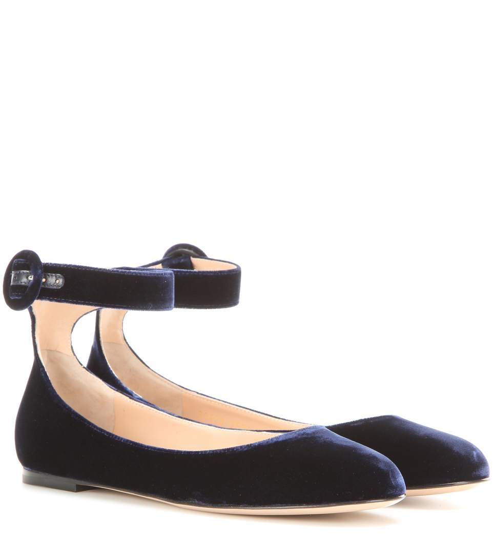 Genuine For Sale Clearance Perfect Gianvito Rossi Leather Ankle Strap Flats Low Cost Cheap Online Y9BsaP9