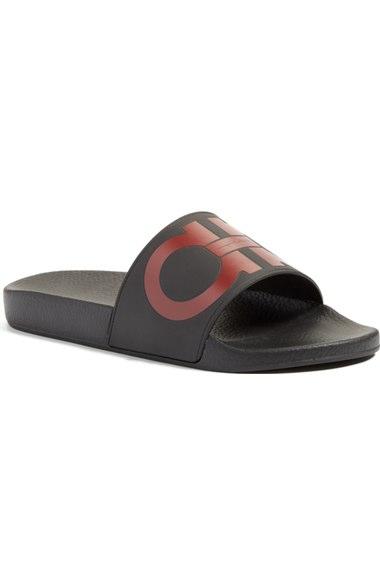 Salvatore Ferragamo Men's Groove 2 Original Double Gancini Slide Sandals Un47OGXo