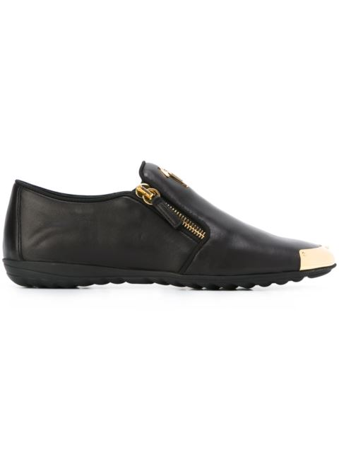 - Leather Loafer With Metal-Covered Tip Saylor, Black