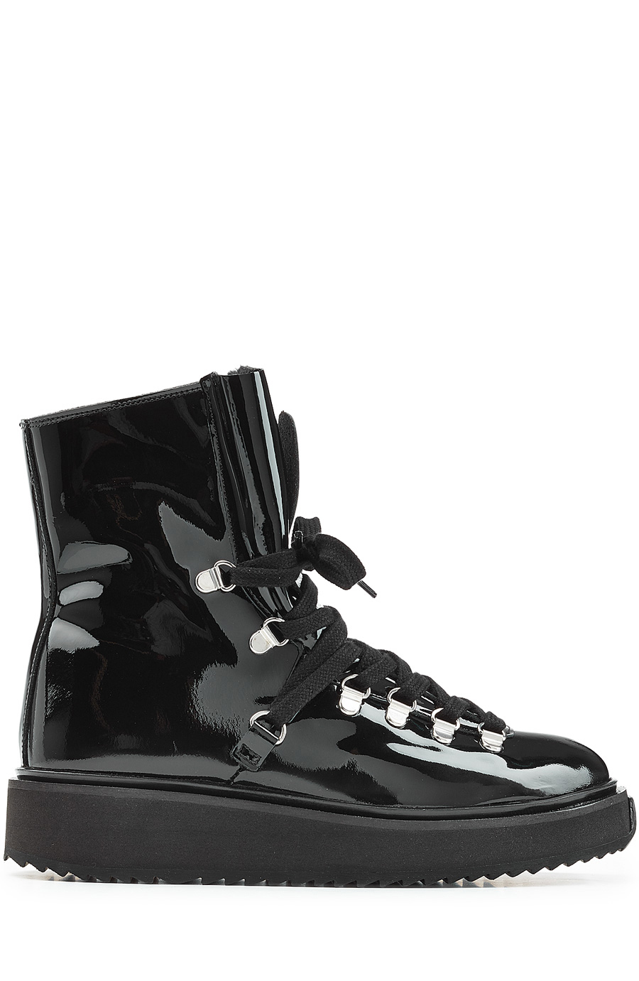 Alaska Boots In Black Patent Leather And Sherling