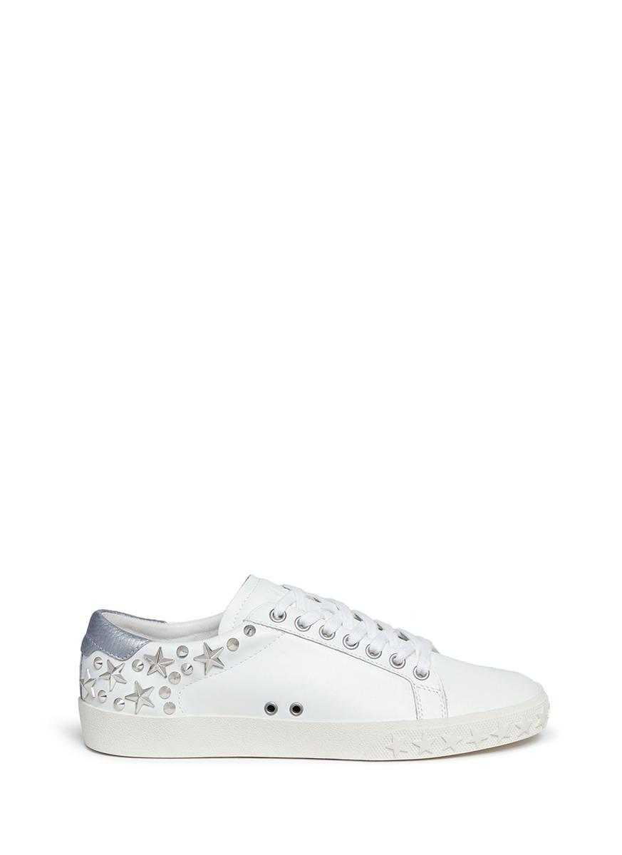 Women'S Dazed Star Studded Leather Lace Up Sneakers in White/Silver