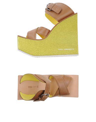 Sandals, Khaki