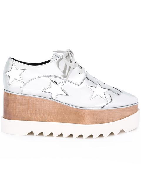Elyse Stars Metallic Platform Shoes In Silver