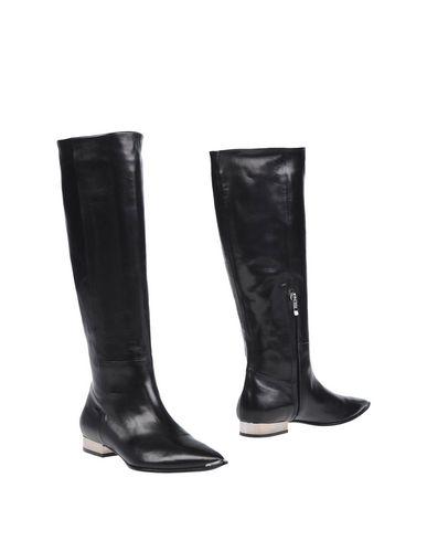 Boots, Black