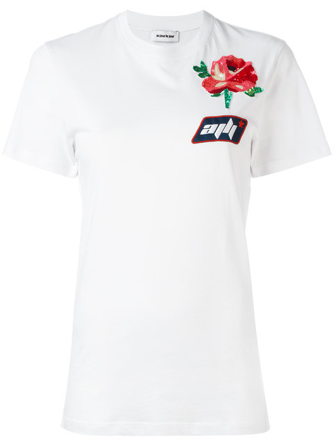 AU JOUR LE JOUR Au Jour Le Jour Au Jour Le Jour Embroidered Rose T-Shirt in White