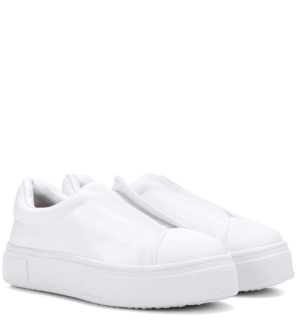 Woman Doja Shell Platform Slip-On Sneakers White
