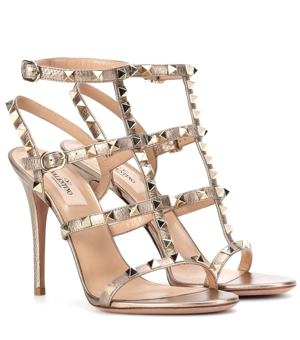 Rockstud Metallic Leather 105Mm Sandal, Metallic Gold