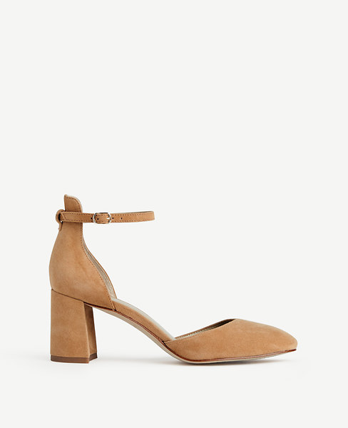 ANN TAYLOR Eliza Suede Round Toe Pumps in Caramel Tan