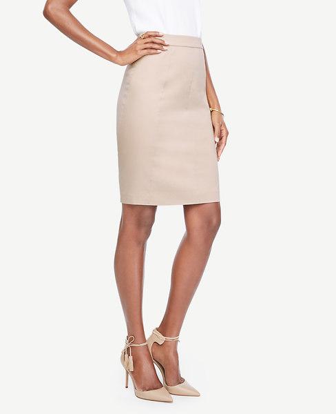 ANN TAYLOR Petite Cotton Sateen Pencil Skirt in Pearl Blush