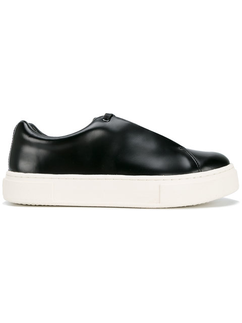 EYTYS Doja Low-Top Leather Trainers in Black