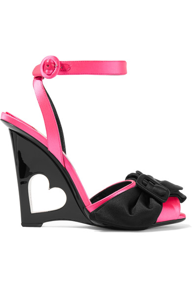 Bow-Embellished Satin Wedge Sandals in Pink