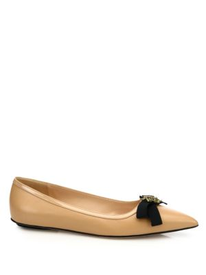 GUCCI Moody Bee Leather Skimmer Bow Flats in Nude