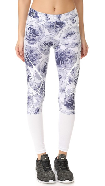 Woman Run Printed Stretch Leggings White in White/Noble Ink