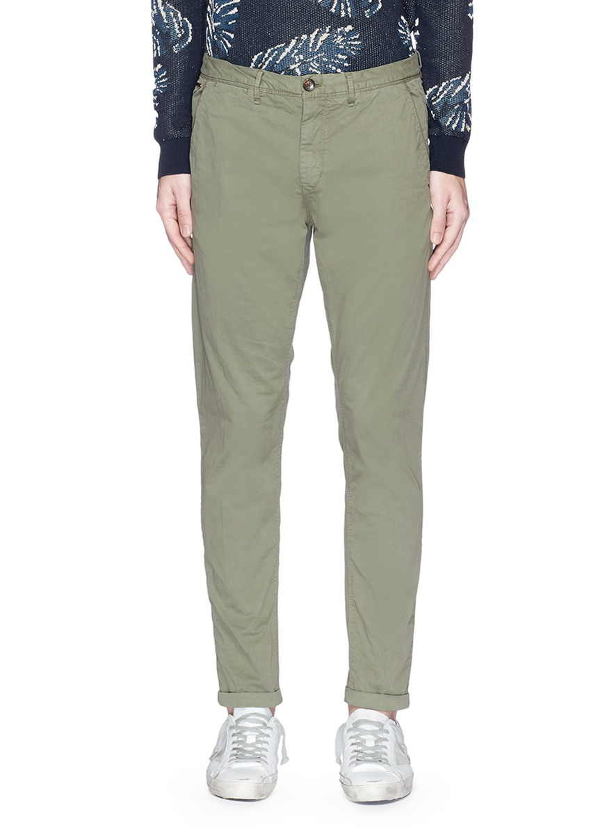 SCOTCH & SODA Mott' Garment Dye Cotton Chinos in Military;Night
