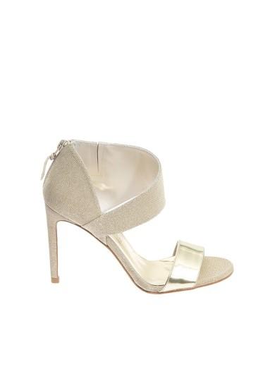 STUART WEITZMAN Getonup Sandals in Gold