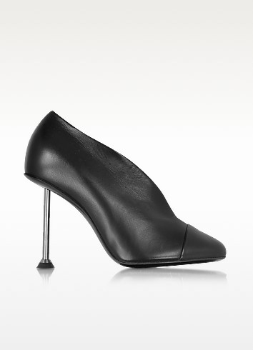 Pin Black Leather Pump