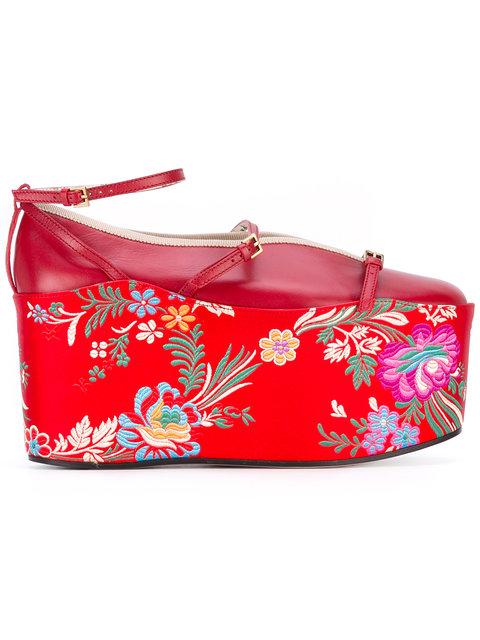 Gucci Hannelore Detachable-Platform Leather Pumps, Red