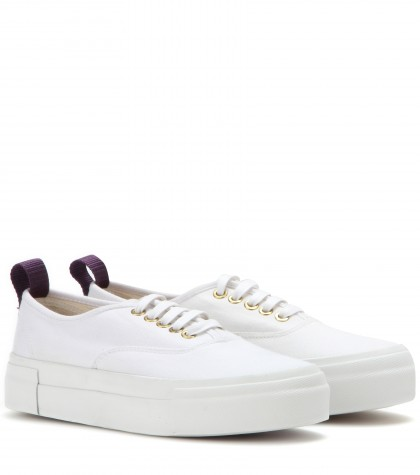 Woman Mother Woven Platform Sneakers White