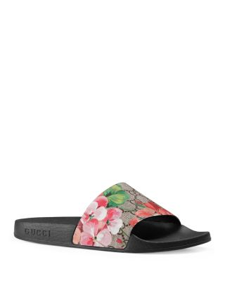 Women'S Slippers Sandals  St. Blooms Place Flowers Gg Supreme in Black