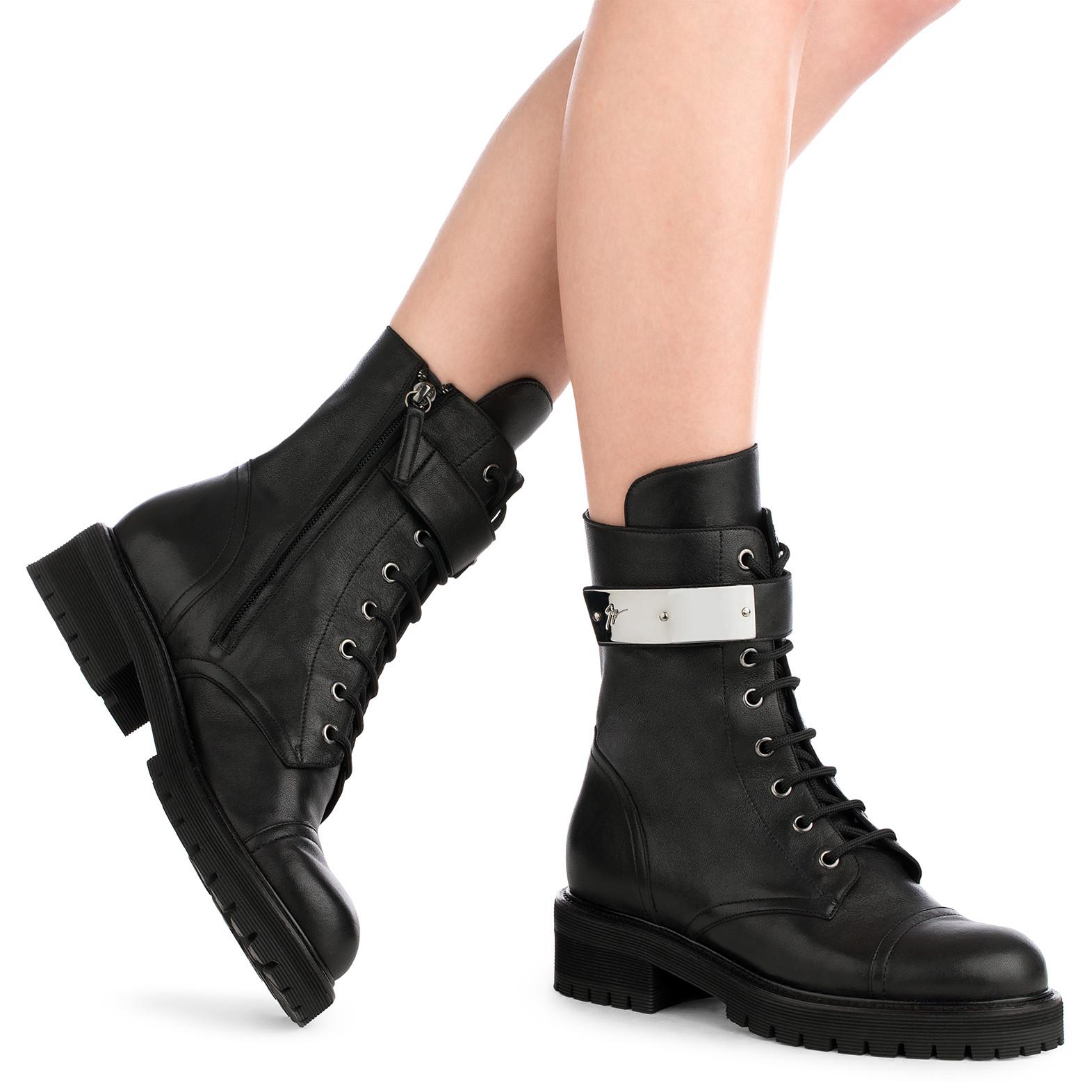 Giuseppe Zanotti Calfskin leather boot with silver-plated metal ALEXA GB5g6tS