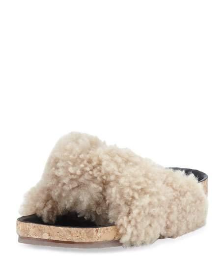 Chloé Kerenn Shearling Fur Sandals in Neutrals. KG7yX