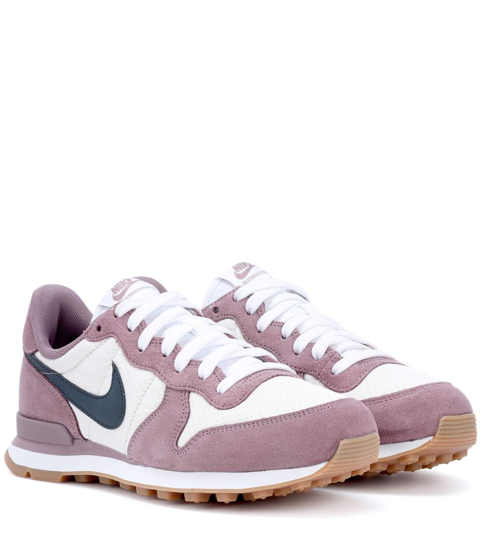 buy online 9e75c a6cf1 greece nike internationalist purple sneakers taupgy a58bd 322b3