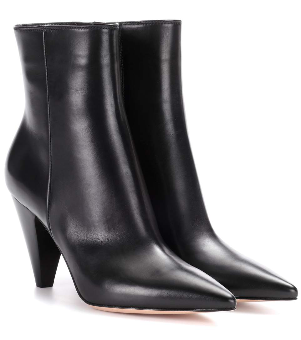 GIANVITO ROSSI Scarlett Point-Toe Ankle Boots, Black
