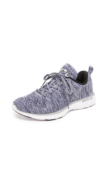 Athletic Propulsion Labs Women'S Techloom Pro Knit Low-Top Sneakers in Heather Grey