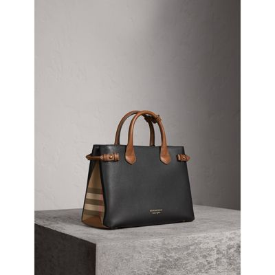 Burberry The Medium Banner in Two-tone 7IqXSXxf2c