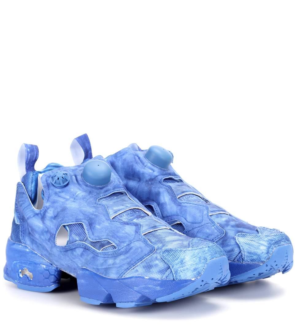 30Mm Reebok Highlighted Pump Sneakers in Blue