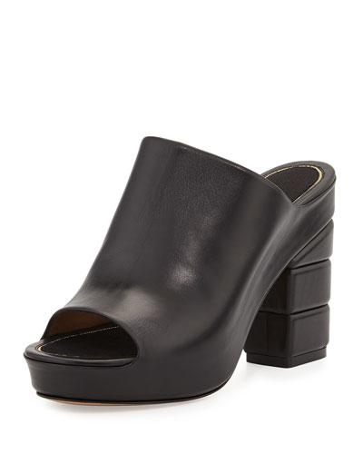 SALVATORE FERRAGAMO Maiella Leather Sandals, Nero