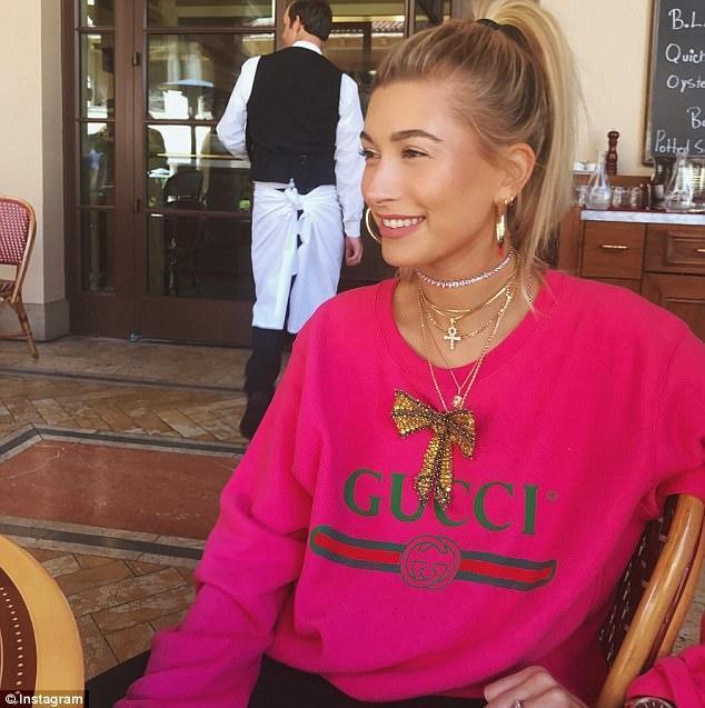 GUCCI -Print Sweatshirt With Crystal Bow, Bright Pink, Fuschia Print