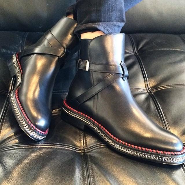 christian louboutin chelsea chain boots