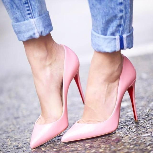 CHRISTIAN LOUBOUTIN Pigalle Follies Patent Point-Toe Red Sole Pump